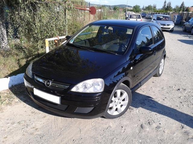 Vand din dezmembrari orice piesa pentru Opel Corsa 1.3 CDTI an fab 2005