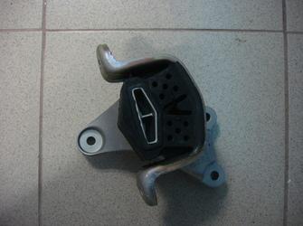VAND   SUPORT MOTOR VW TRANSPORTER