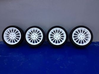 "Vand Jante Rial pe 18"",Ford Focus, prindere  5x108"