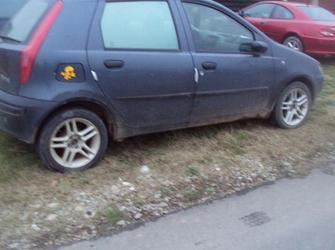 dezmembrez  fiat punto an 2001 ,4 usi motor 1242 cm3 euro 3