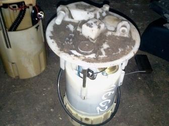 Pompa benzina renault megane2 1.6-16valve 2005 pret 200ron