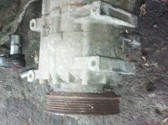 compresor aer conditionat nissan primera 2.0benzina 2003