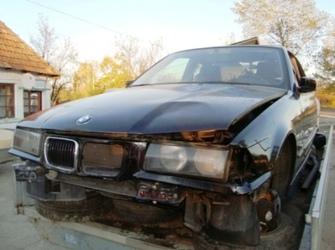 Parc Auto Racasdia dezmembreaza Bmw 316 compact