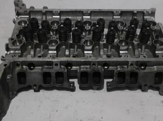 Vindem chiulasa Ford Mondeo Iii (2000-) din dezmembrari , an fabricatie 2003.