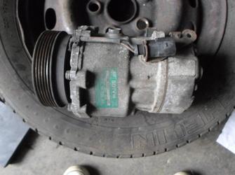 Vindem compresor clima VW Sharan 1.9 TDI COD:7M3 820 803