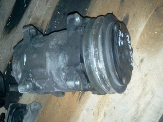 Compresor aer conditionat renault master 2.2dci 2004