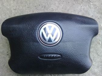 Vand airbag 4 spite pentru VW golf 4