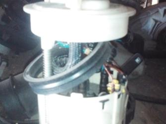 pompa benzina nissan primera 2.0-16v 2003
