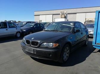 dezmembrari auto / dezmembrez BMW 320d E46