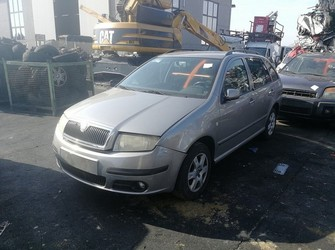 dezmembrari auto / dezmembrez Skoda Fabia 1 facelift