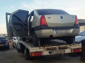 Dezmembrez Logan Piese Sh Dacia Logan Motor Diesel Logan Vand orice tip de piesa sh pentru dacia log