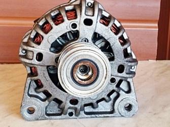vand alternator dacia logan diesel 1.5 dci 2006-2013 in stare f f buna ,piesa provine de pe o masina