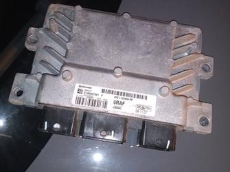 calculator motor de ford fiesta 1.25 cu cod : 8V21-12A650-RF