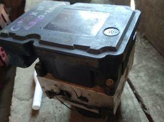 pompa ABS de ford C max cod : BV61-2C405-AF