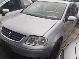 Volkswagen Touran 1.9 TDI tip AVQ, 2005