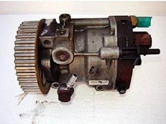 Pompa Injectie Dacia Logan 15dci E3 Si E4 E5. Vand Pompa Injectie Dacia Logan 15dci Diesel Euro3 Si