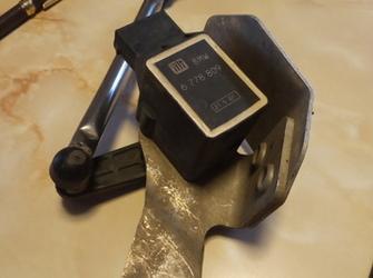 senzor de reglaj xenon de bmw E87 E81 cod : 6 778 809