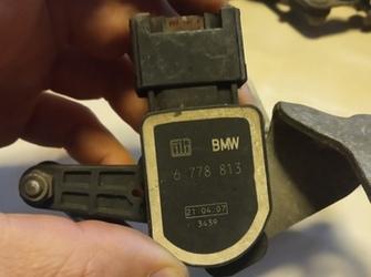 senzor de reglaj xenon de bmw E90 E92 cod : 6 778 813