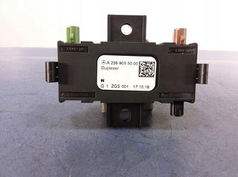amplificator antena de mercedes E class w213 / C class w205 cod A2389055000