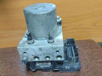 pompa ABS de peugeot 307 / citroen C4 1.6 hdi cod 9661887180