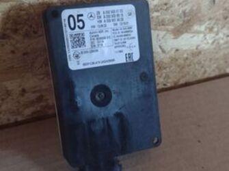 senzor radar 05 de mercedes benz cod produs A0009055103